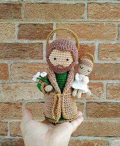 Crochet Dolls Free Patterns, Christmas Crochet Patterns, Crochet Toys, Crochet Ornaments, Amigurumi Doll, Handmade Toys, Crochet Projects, Christmas Crafts, Knitting
