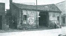 Estaba ubicado en lo que hoy es la plaza de Galicia // Fue anterior al edificio Castromil Gazebo, Madrid, Outdoor Structures, Plaza, Painting, Color, Old Pictures, City, Santiago De Compostela