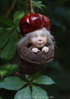 Pixie boy Nilo handmade decoration Wichtelkind by chopoli on Etsy Forest Fairy, Fairy Land, Fairy Tales, Baby Fairy, Christmas Fairy, Paperclay, Big Hugs, Green Man, Air Dry Clay