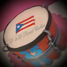 Plenera with Puerto Rico flag cake Flag Cake, Sweet Cakes, Homemade Cakes, Beautiful Cakes, South America, Puerto Rico, Cookies, Food Cakes, Food