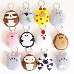Best ideas for craft felt keychain Felt Crafts Diy, Felt Diy, Handmade Felt, Fabric Crafts, Sewing Crafts, Crafts For Kids, Kawaii Felt, Felt Keychain, Keychains