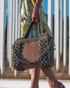 Bag Crochet, Crochet Handbags, Crochet Rug Patterns, Embroidery Bags, Boho Bags, Cotton Bag, Handmade Bags, Fashion Bags, Straw Bag