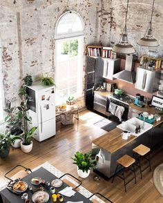 Rustic. My type. #oldandnew #interiordesign