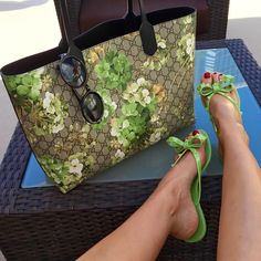 """Day in the sun"" essentials...☀️ #gucci tote #Valentino flip flops #tomford sunnies"