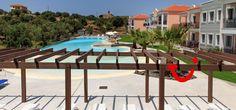 Meraki Lesbos (Appartement) - TIME TO SMILE - Molyvos 8 dagen logies 780,00 Meraki, Places To Travel, Patio, Smile, Mansions, House Styles, Outdoor Decor, Home Decor, Decoration Home