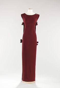 Evening Dress, House of Balenciaga   Designer:  Cristobal Balenciaga   Date: fall/winter 1957