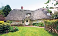 Rambler Cottage in Wiltshire - chocolate box cottages; a Hobbit would feel at home here.----sooo incredibly perfect!!
