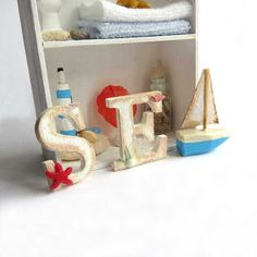 love this dollhouse Sea sign in 1/12 scale - perfect for a beach house