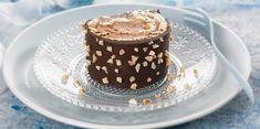 Bûche chocolat crème de marron : découvrez les recettes de Cuisine Actuelle Recipe Fr, Yule Log, Something Sweet, Chocolate Cake, Fondant, Biscuits, Panna Cotta, Pudding, Ethnic Recipes