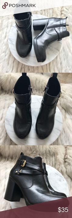 CHRISTIAN SIRIANO chunky heeled boots size 8.5 CHRISTIAN SIRIANO chunky heeled ankle boots. Black. Zipper on the side. Size 8.5  In good condition. Christian Siriano Shoes Ankle Boots & Booties
