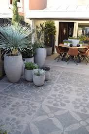 beautiful stone terrace the ideal basement for Terrasse Jardin Idees Home And Garden, Outdoor Decor, Small Garden, Pergola Shade Diy, Garden Tiles, Outdoor Rooms, Small Garden Design, Outdoor Fireplace, Patio Tiles