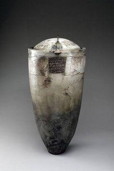 Christine Fabre, canope raku et bronze Galerie Capazza