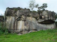Las Rocas Gigantes del Tunjo. Parque Arqueológico Facatativa, Colombia