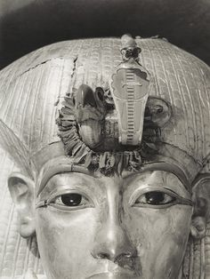 Detail of Tutankhamen's Outermost Coffin, photographed by Harry Burton, 1926. The golden vulture and cobra goddesses of Upper and Lower Egypt were wrapped in a wreath of cornflowers clasped in olive leaves, which fell to pieces when it was removed, after 3,000 years.