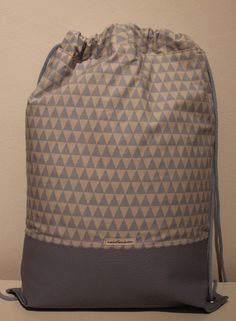 Beutel / Rucksack / Tasche < UNIKAT > **Dreiecke** von nahtSachen auf DaWanda.com