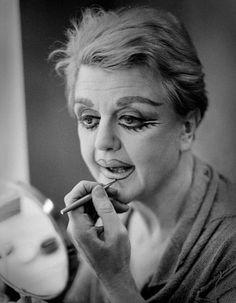 Angela Lansbury applies her makeup for 'Sweeney Todd: The Demon Barber Of Fleet Street ' (1982)