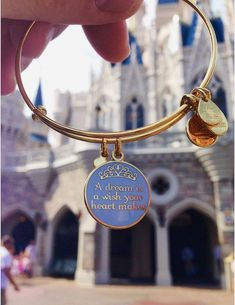 """perfectpixiedust: """" my new alex and ani bracelet in front of the castle! Please do not steal my photo! Disney Souvenirs, Disney Vacations, Alex And Ani Disney, Cute Disney Outfits, Accesorios Casual, Disney Aesthetic, Alex And Ani Bracelets, Disney Jewelry, Disney Pictures"""