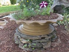 Click image to view full size. Reuse Old Tires, Recycled Tires, Reuse Recycle, Recycling, Car Part Furniture, Modern Furniture, Furniture Design, Garden Ideas Using Tires, Big Planters