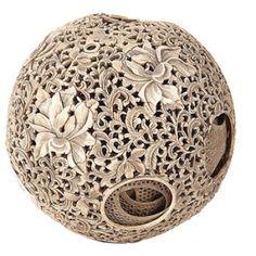 ivory-puzzle-ball-ja051810-0591