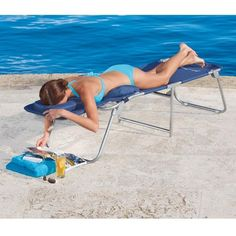 At last, an ergonomic lounge chair that reduces tension in your back and neck!