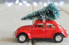 Image from https://8583b52b4a309671f69d-b436b898353c7dc300b5887446a26466.ssl.cf1.rackcdn.com/5851499_diy-gilded-woodland-animal-ornaments---city_e7c6a151_m.jpg?bg=AB9290.