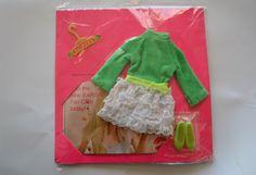 Skipper doll 'Lots of Lace' dress set including shoes in packaging 1970 scooter green - vintage doll clothes. Barbie, Tutti doll de Tigrisa en Etsy https://www.etsy.com/es/listing/229875802/skipper-doll-lots-of-lace-dress-set