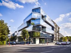 Completed in 2015 in Luxembourg City, Luxembourg. Images by Andrés Lejona. One on One is characterised by bold architecture featuring glass and metal, composed of superimposed staggered volumes. Module Architecture, Innovative Architecture, Commercial Architecture, Architecture Office, Concept Architecture, Futuristic Architecture, Architecture Photo, Contemporary Architecture, Chinese Architecture
