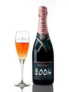 Moët & Chandon Grand Vintage Rose Champagne (Engraved Champagne Bottle): A satisfying, ultra-premium champagne for the rose lover   spiritedgifts.com