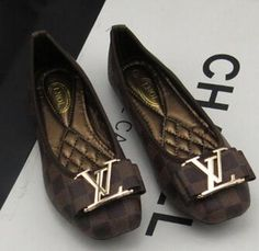 Online Shop new flat shoes women shoes with flat shoes shallow mouth square head flat casual brands Keen Shoes, Me Too Shoes, Flat Shoes, Women's Shoes, Gucci Loafers Women, Fairy Shoes, Shoe Gallery, Latest Shoe Trends, Louis Vuitton Shoes