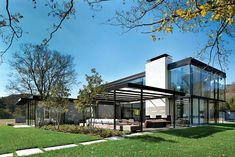 Concepto integrador Modern Farmhouse Style, Farmhouse Design, Farmhouse Decor, Residential Architecture, Contemporary Architecture, Architecture Design, Modern Exterior, Exterior Design, Farmhouse Nashville