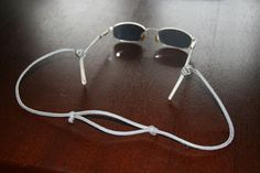 Adjustable Paracord Glasses Lanyard