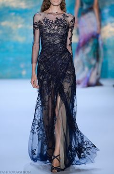 Perfect navy lace gown   Monique Lhuillier  fashforfashion -♛ STYLE INSPIRATIONS♛