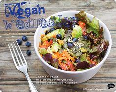 Damit wir jung und frisch in den 100. Vegan Wednesday rutschen, zauberte Billa diesen jugendlich-bunten Salat zusammen