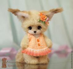 Белочка Розочка - вязанная игрушка - бежевый,оранжевый,белка,игрушка крючком