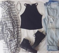 trendy Ideas how to wear black converse outfits crop tops Hipster Outfits, Grunge Outfits, Hipster Fashion, Grunge Fashion, Teen Fashion, Fall Outfits, Casual Outfits, Fashion Outfits, Woman Fashion