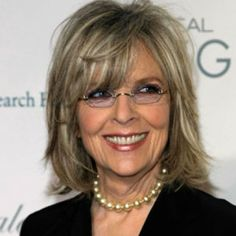 Mother-of-the-Bride Beauty – Diane Keaton