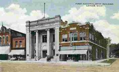 Lapeer, MI (First National Bank Building) (1917) - by Paul Petosky