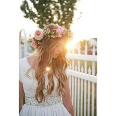 Would like fresh flowers in my hairpretty flower crown