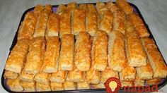 Fantastická chuťovka k telke: Chrumkavé syrové tyčinky zachutia celej rodine! Croatian Recipes, Hungarian Recipes, Pastry Recipes, Cookie Recipes, Savory Pastry, Czech Recipes, Salty Snacks, Bread And Pastries, Holiday Recipes