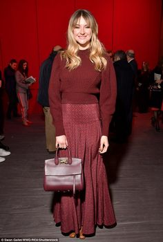 Dress to impress: Shailene Woodley caught attention in a deep red jumper and maxi-skirt as she stepped out for the Salvatore Ferragamo show at Milan Fashion Week on Saturday Maxi Skirt Winter, Crimson Dress, Red Jumper, Star Actress, Shailene Woodley, Colourful Outfits, Look Chic, Boho Fashion, Milan Fashion