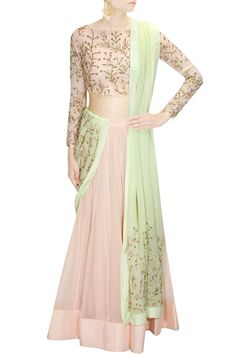 Prathyusha Garimella presents Pink embroidered lehenga set with mint embellished dupatta available only at Pernia's Pop Up Shop. Pink Lehenga, Lehenga Choli, Anarkali, Ethnic Outfits, Indian Outfits, Latest Designer Sarees, Designer Dresses, Indian Attire, Indian Wear