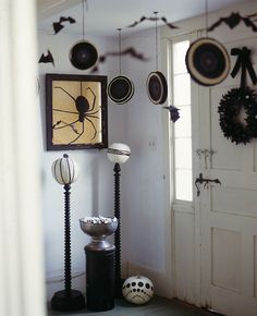 Pampers, Play Dates and Parties: Black and White Halloween