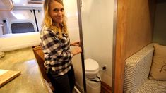 Sprinter 170 with full bathroom TOUR - van life Camper Diy, Custom Camper Vans, Custom Campers, Vw Camper, Sprinter Van Conversion, Camper Van Conversion Diy, Van Conversion With Garage, Van Conversion With Bathroom, Ford Transit Conversion