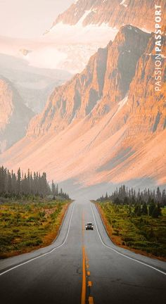 The scenic roads of the Icefields Parkway 🌲 Cool Places To Visit, Places To Travel, Places To Go, Tourist Places, Travel Pics, Travel Goals, Time Travel, Travel Pictures, Travel Destinations
