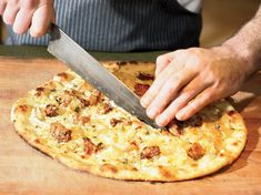 Savoy-Cabbage-and-Sunchoke Pizzas - This incredible pizza is topped with buttery braised cabbage, pureed sunchokes, crisp pan-fried sunchokes and gooey Emmental cheese. Pizza Flavors, Pizza Recipes, Wine Recipes, Great Recipes, Favorite Recipes, Egg Recipes, Amazing Recipes, Delicious Recipes, Quiche