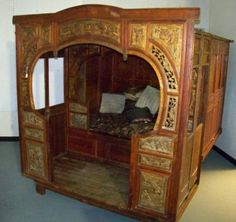 CHINESE WEDDING BEDS | 85: Vintage Chinese Handpainted Carved Wedding Bed : Lot 85