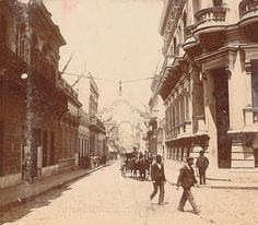 Buenos Aires. Calle Florida esquina Charcas, fines del siglo XIX. #moscato