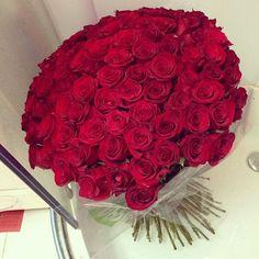 Big bouquet of red roses. Ugh, fine! I like roses!