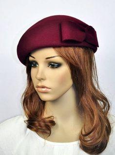 Chapéu vinho de lã com laço