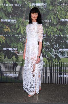 Gorgeous Erin O'Connor wearing Bora Aksu Ss16 white lace dress last night at Serpentine Gallery